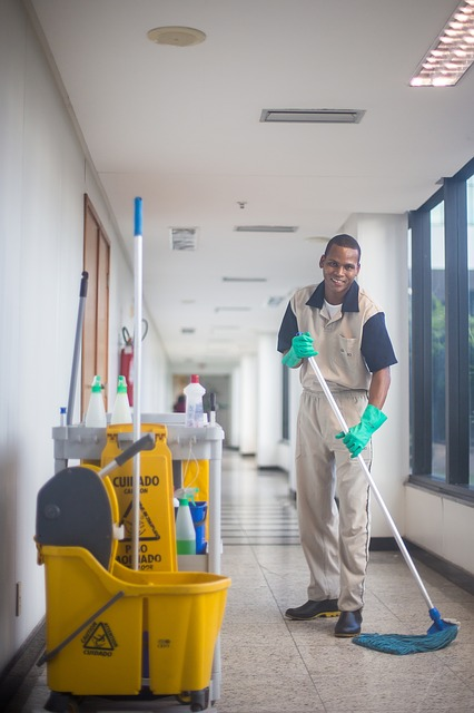 servicio de limpieza de comunidades de propietarios en Marbella